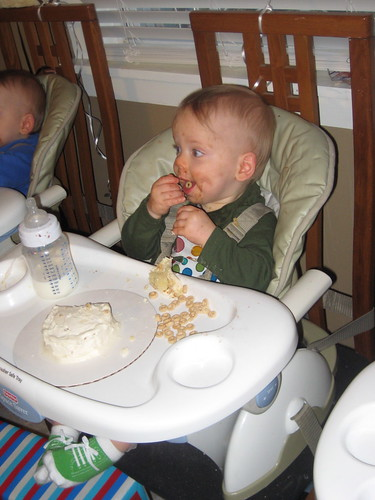Oliver chooses Cheerios over cake