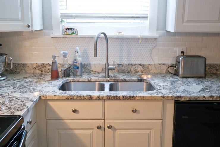 New undermount sink and lovely new faucet. Heaven.