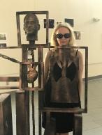 Ren in the art gallery. ART GALLERY.
