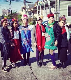 A flock of Fridas